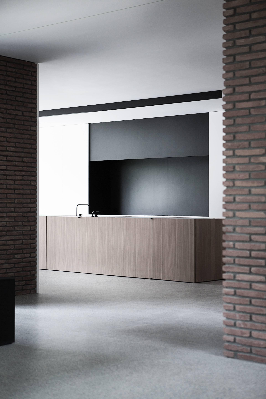 ba residence by vincent van duysen. Black Bedroom Furniture Sets. Home Design Ideas