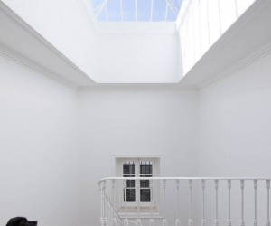 Baixa House by Jos Adrio Arquitecto