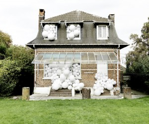 Balloon Invasions by Charles Ptillon