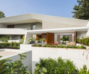 Bangalore Courtyard House by Architecture Paradigm