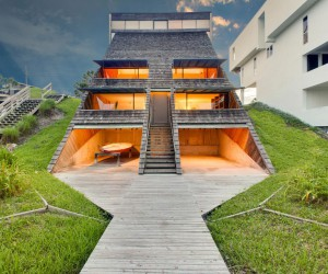 Beach Home in Atlantic Beach, Florida Designed by William Morgan