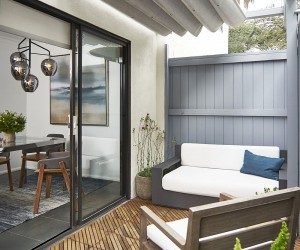 Beachy Bachelor: Blue, White and an Ocean of Contemporary Panache