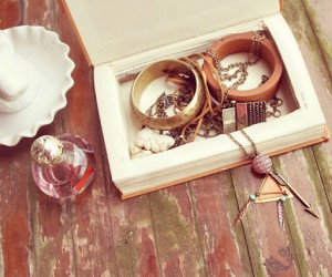 Beautiful DIY Jewelry Boxes