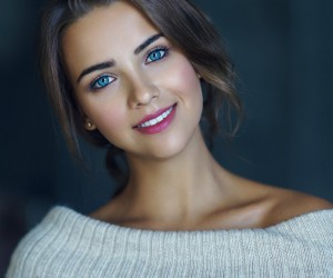 Beauty Female Portrait Photography by Ruslan Karabinin