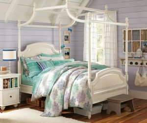 Canopy Bed Bedroom Decor Ideas