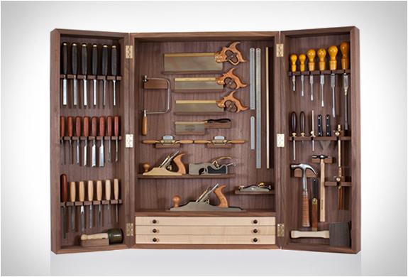 Benchmark Tool Cabinet