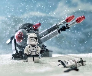 Benedek Lampert Recreates Star Wars Scenes With Legos