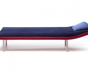 Blow Daybed: An Indoor Lounge Inspired by the Pool