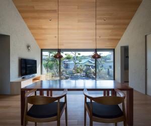 Blue Hermitage by Matsuyama Architect  Associates