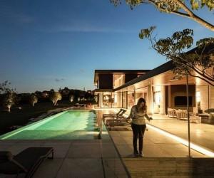 Boa Vista House by Fernanda Marques Arquitetos Associados