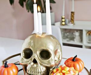 Bone, Blood and Dark Radiance: 13 Creepy DIY Halloween Candle Ideas