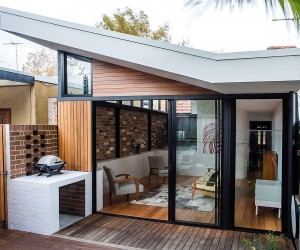 Bound by Brick: Urbane Modern Renovation of Inner City Workers Cottage