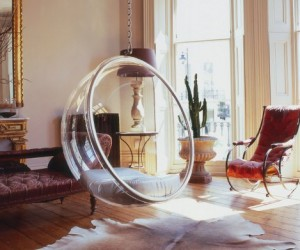 Bubble Chair: Keeps You Cosy And Isolated