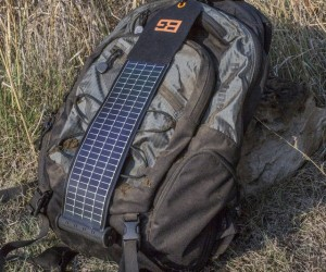Bushnell SolarWrap Mini USB Charger