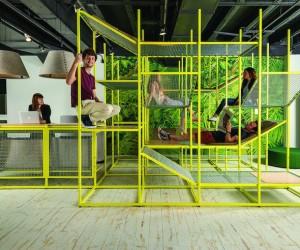 Buzzijungle: Vertical Conversation Tower