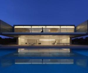 Casa de Aluminio by Fran Silvestre Arquitectos
