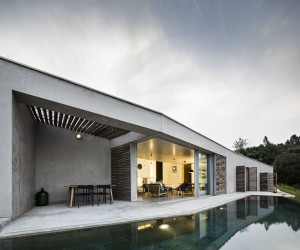 Casa na Geteira by Camarim Arquitectos