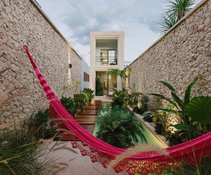 Casa Picasso: Cheerful Holiday Home in Yucatan Makes Most of Limited Space