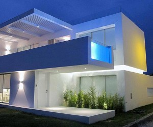 Casa Playa Blanco by Ecke Arquitectos
