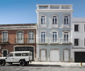 Casa Prazeres by Jos Adrio Arquitecto