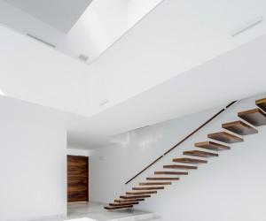 Casa Verona by Abraham Cota Paredes Arquitectos