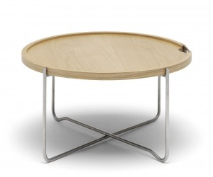 CH417 Tray Table by Hans J. Wegner for Carl Hansen  Sn