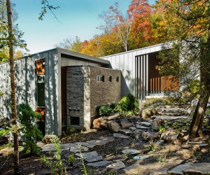 Chalet Lac Gate in Quebec by Atelier BOOM TOWN