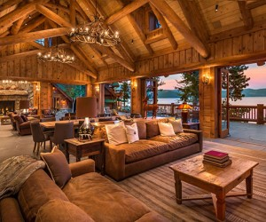 Charming Hybrid Log Home with Breathtaking Views of Lake Tahoe