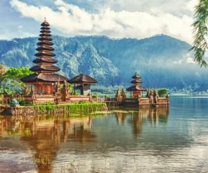 Cheap Thrills: 19 Exceptional Off-Season Travel Destinations