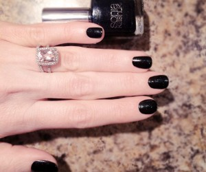 Check Out These 25 Fall Nail Color Ideas and Prep For the Season