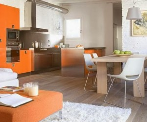Cheerful Orange Apartment in Madrid