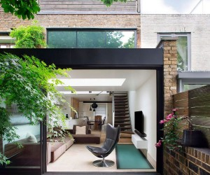 Chic and Sensible Makeover of Lovely Brick Cottage from 1800s in London