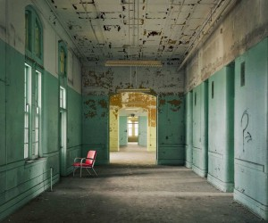 Christopher Payne Documents Abandoned Psychiatric Hospitals