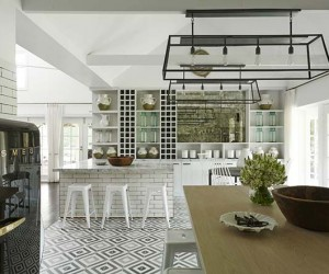 Classicism and Modernity Collide in a Charming Aussie Heritage Home