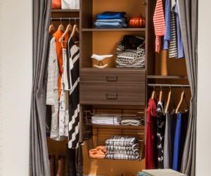 Cocoa Reach-In Closet