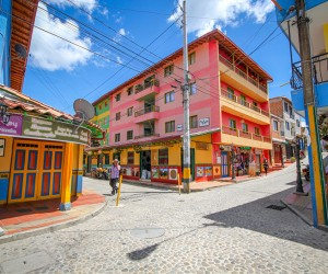 Colorful and Clean Natural Street Photography Of Guatap, Colombia by Jessica Devnani