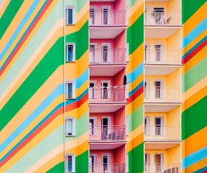 Colorful and Minimalist Architecture iPhoneography by Patryk Wikaliski