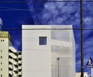 Company Building in Kanagawa by HMAA