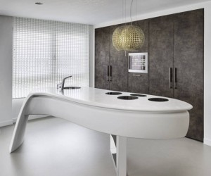 Contemporary kitchen design by Culimaat