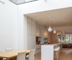 Contemporary Multi-Level Rear Extension in London Creates an Open, Bright Interior