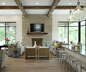 Contemporary River House in Texas Showcases Refined Details