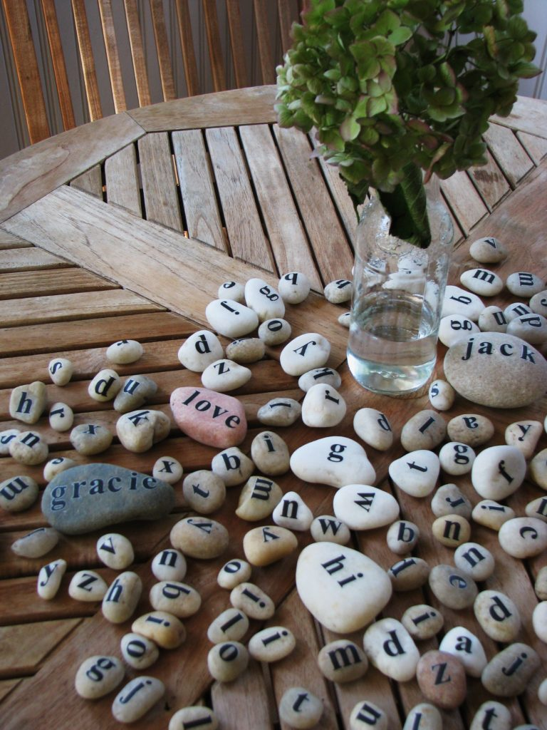 Cool Crafts Made From Rocks Pebbles And Stones