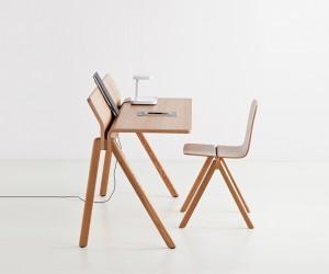 Copenhague Desk by Ronan  Erwan Bouroullec