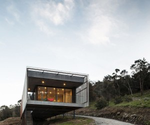 Corten Cladding and Bushland Views Mesmerize at Mt Macedon House