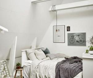 Cozy Scandinavian Studio in a Small Attic