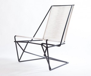 CR45: Stylish Cantilevered Chair
