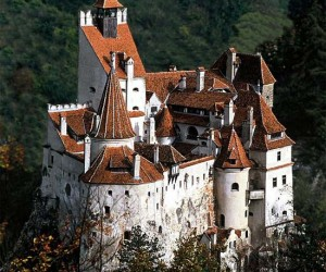 Creepy Travel: Draculas Castle in Transylvania