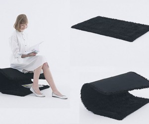 Curling Carpet Chair