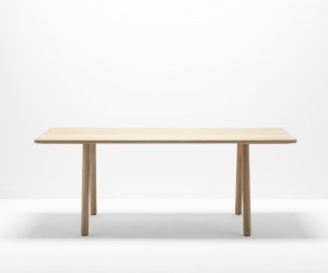 Curved Table by Hierve