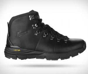 Danner Mountain 600 Carbon Black